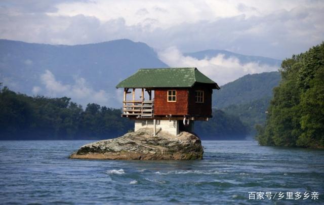 世界上最奇怪的4个房子,图2感觉非常危险,图4绝对超现实!-玩意儿