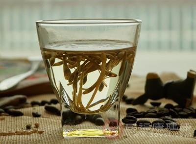 喝苦丁茶的好处 喝苦丁茶需注意这些柏联集团