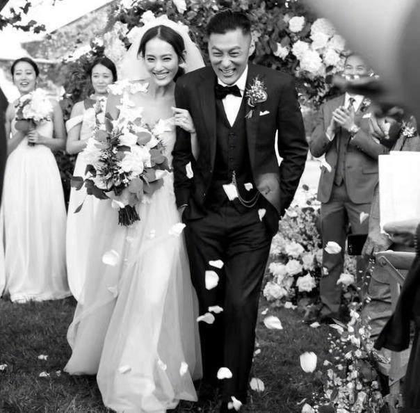 余文乐在墨尔本低调结婚 老婆是皮带千金王棠云