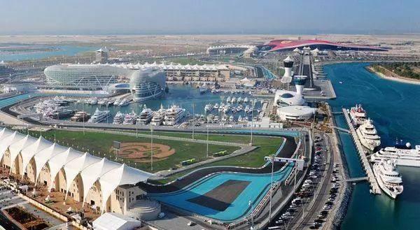 烧60亿美金填海、顶配酒店横跨F1赛道,土豪阿布扎比这样玩体育