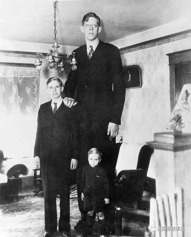 奇闻异事|22岁身高2米72!这个巨人的背后却只有无尽孤独...