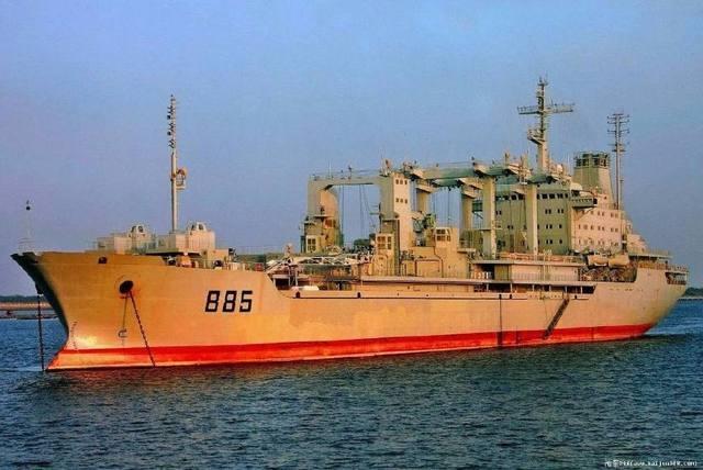 海盜艇包圍英商船 中國軍艦成功將其驅離