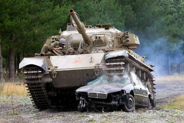 英国坦克与二战失之交臂!以色列陆军大举装备后横扫敌军