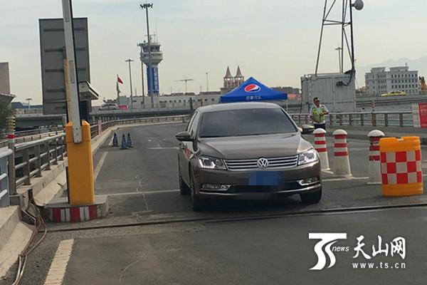 10月1日起乌鲁木齐地窝堡国际机场停车15分钟内不收费