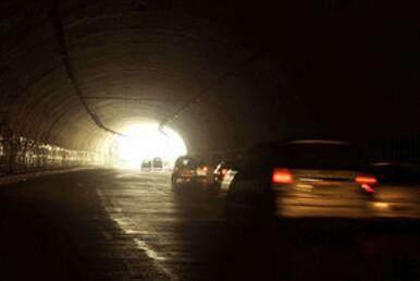 印度欲在中印边境沿线修17条隧道 称:可在敏感地区部署军队