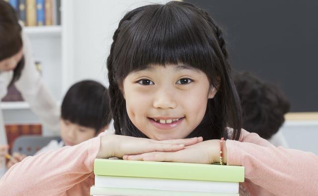 小学期中考试就要来临,一年级家长怎么帮孩子