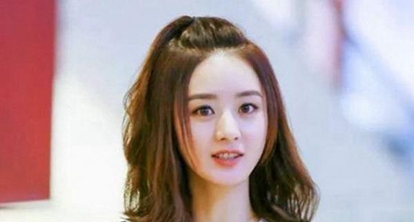 当红小花们都在尝试这个,赵丽颖更加迷人软萌,刘诗诗就不好说了