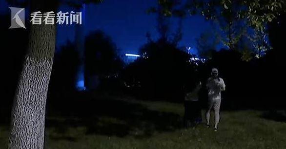 男粉丝被心仪女主播嘲讽 掐晕对方后捅伤自己【pk10微信群】pk777aa