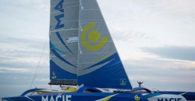 法航海家挑战单人帆船环球纪录 航程过半一帆风顺