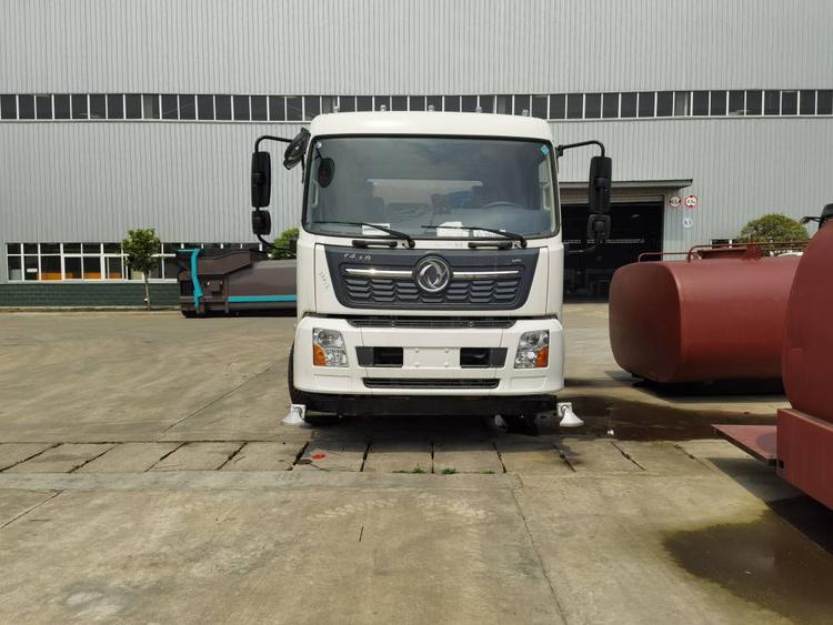 东风天锦国六12吨12方洒水车