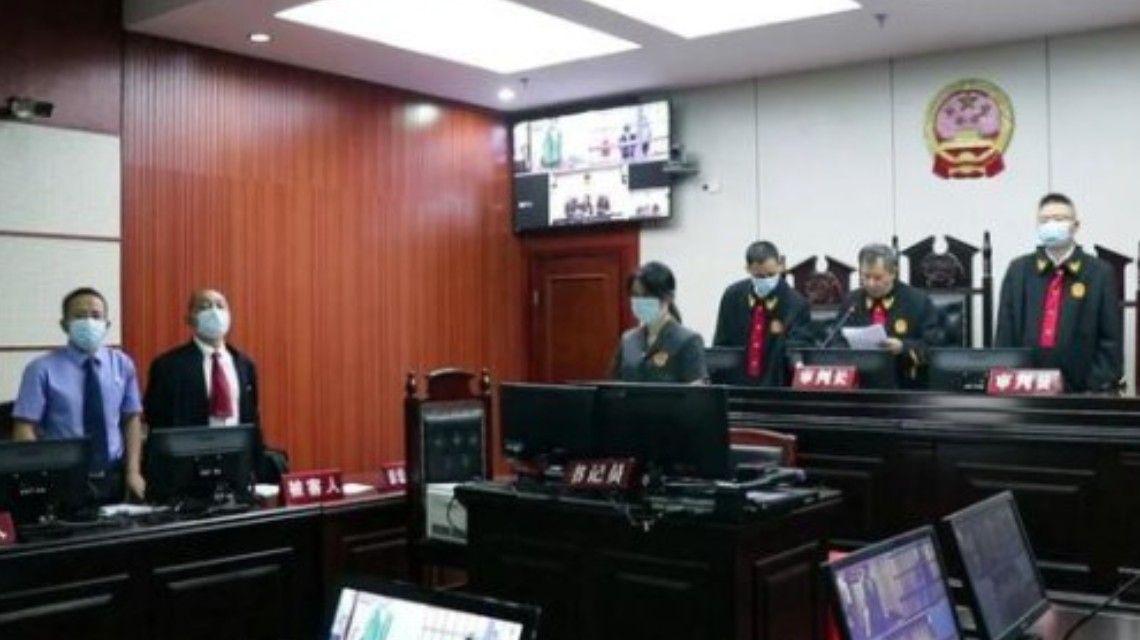 圖片:民警盜用嫌疑人賬號消費獲刑3年