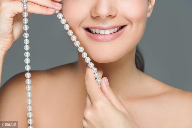 「淡水珠和海水珠哪个贵」淡水珍珠海水珍珠